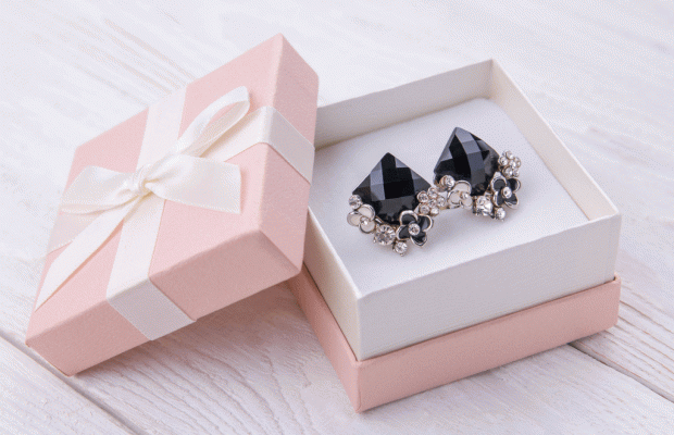Yeni Yılınız Mücevher Gibi Olsun