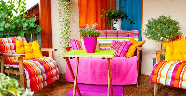 Çiçeklerle Ev Dekorasyonu