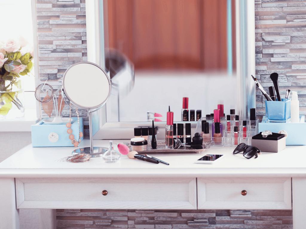 Makyaj masası dekorasyon önerileri