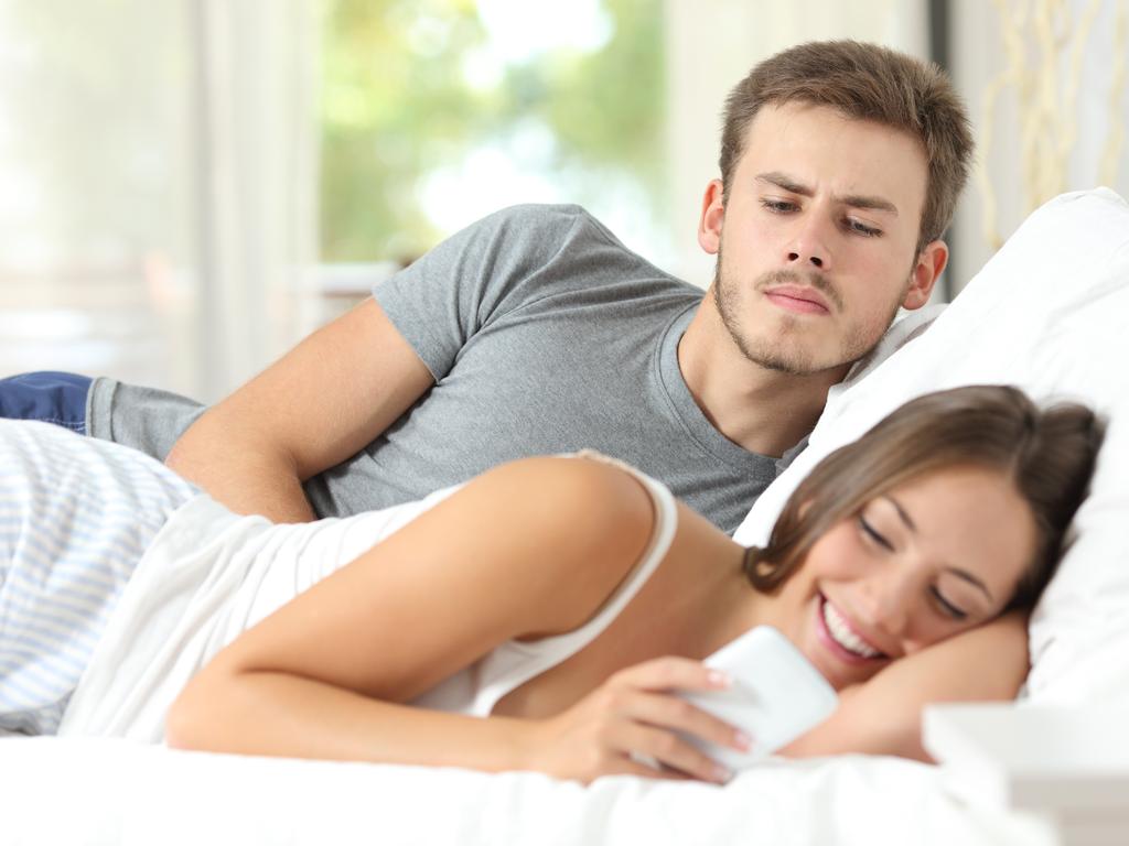 Sevgilinizin Partneri Yerine Annesi Olduğunuzu Gösteren Davranışlar 40