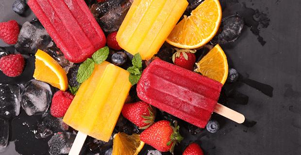 Yaz Sıcaklarında İçinizi Ferahlatacak Buzlu Dondurma Tarifleri