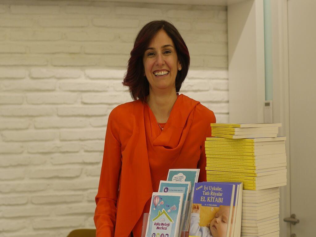 Evde Yenidoğan ve Prematüre Bakımı Üzerine Uzman Hemşire Betül Bağçeci Röportajımız 24