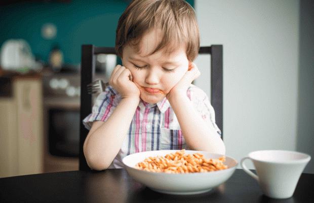 Yemek Yemek İstemiyorum Anne!