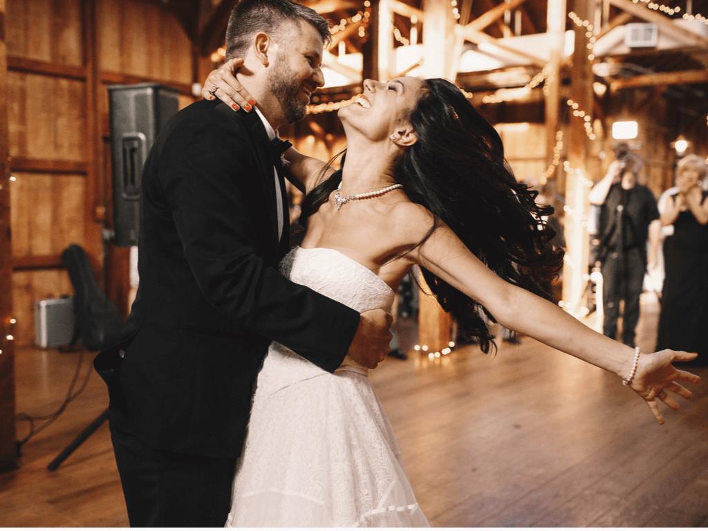 Hareketli Düğün Şarkıları Listemiz İle Çok Eğleneceksiniz