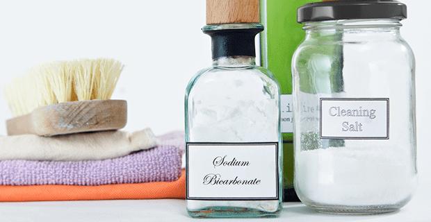 Bulaşıklarınızı Doğal Yöntemlerle Nasıl Beyazlatırsınız?