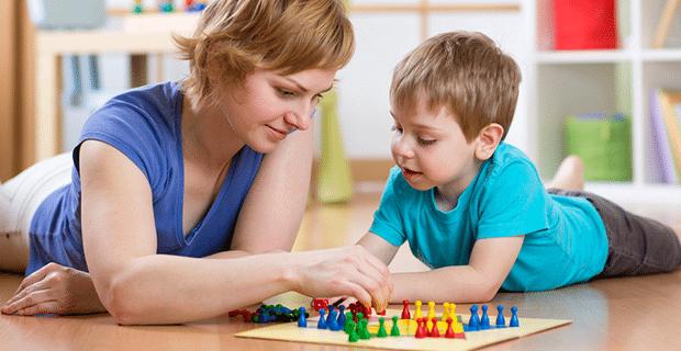 3-4 Yaş Çocuğuyla Oynanabilecek Ev Oyunları