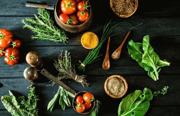 Sağlıklı Yaşamın Sırrı Organik Beslenme! Peki Ya Yanlış Bilinenler?