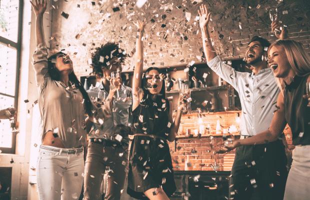 Parti Organizatörleri İçin Vazgeçilmez Detaylar: Hangover kit ve Dans babetleri!