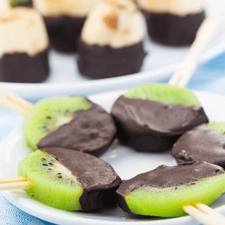 Çikolata Kaplı Meyve Çubukları