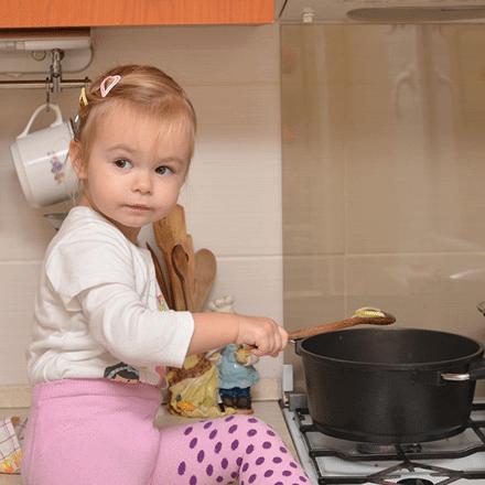 Bebeğiniz İçin Güvenli Ev Oluşturma Rehberi