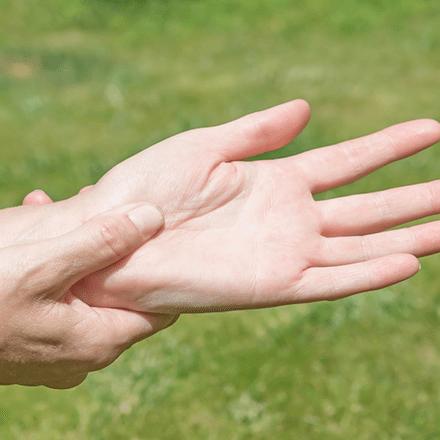 Ellerde Karıncalanma Neden Olur?