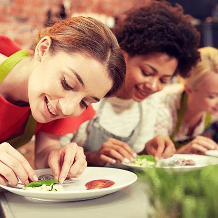 Yemek Yapmayı Sevenler İçin Yemek Kursları Önerileri