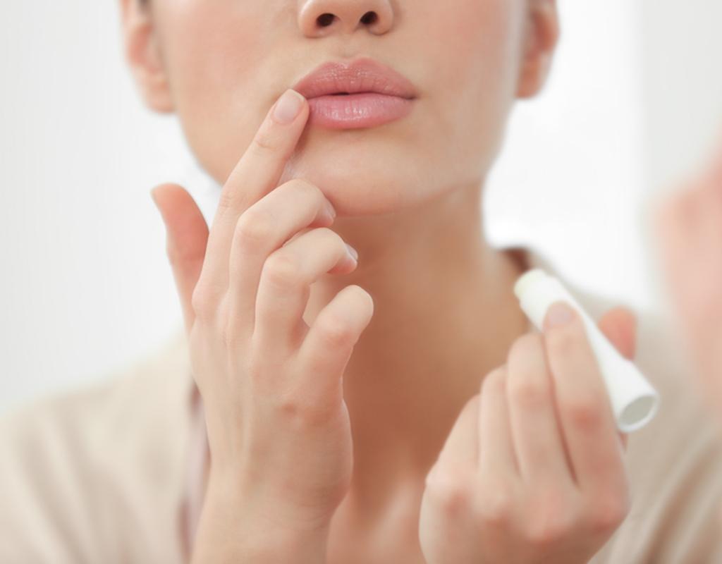 Hamilelikte dudak bakımı nasıl olmalıdır