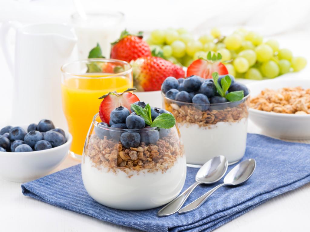 Yaz sıcaklarında enerji veren besinler