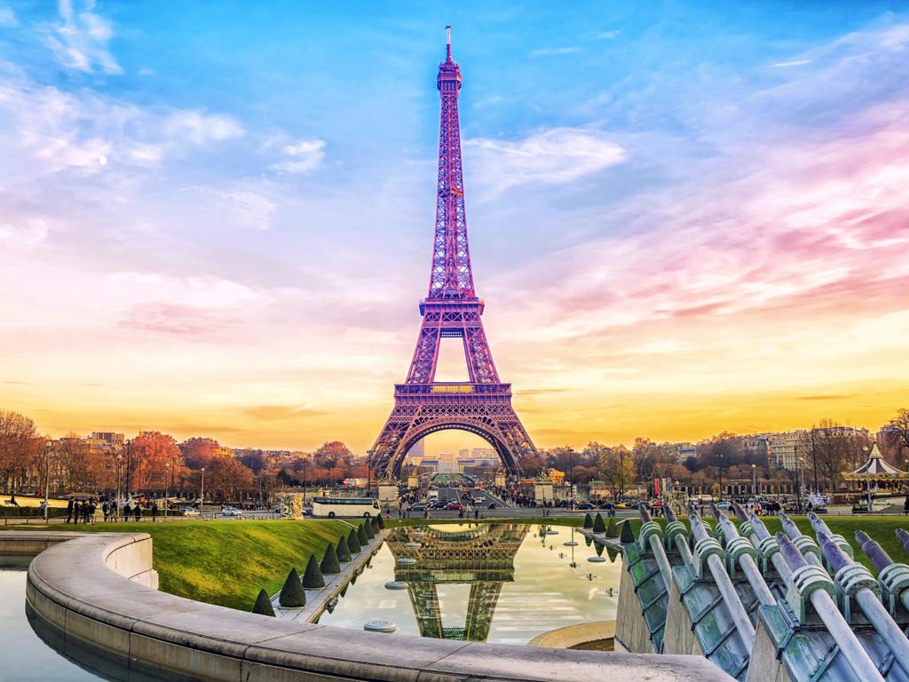 Burcuna Göre Hangi Avrupa Ülkesinde Tatil Yapmalısın