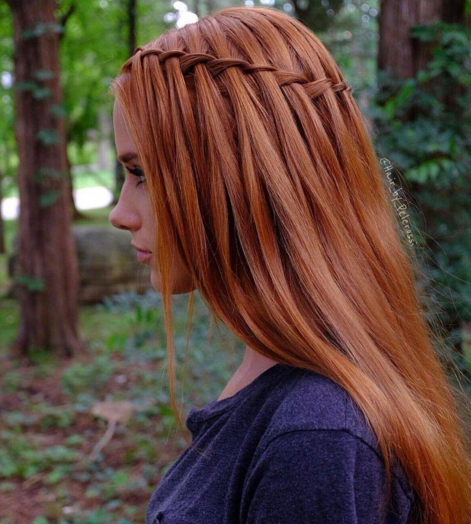 Flechten ist eine der Frisuren, die seit Jahren nicht mehr aus der Mode gekommen sind.