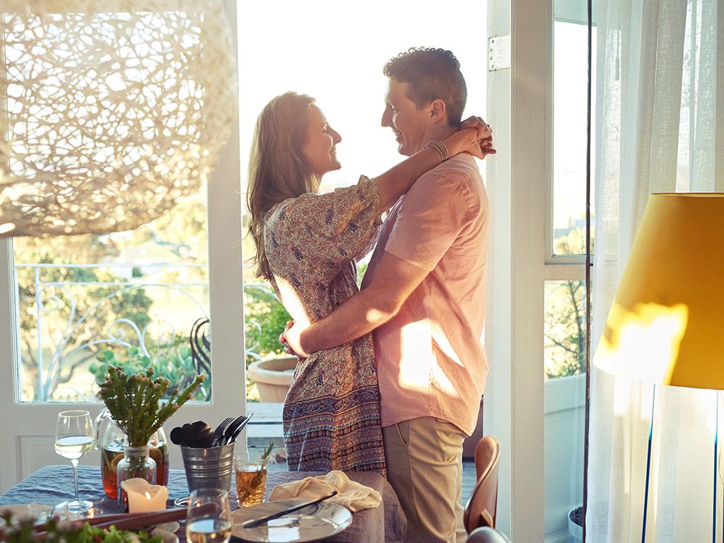 Aşk hayatınızı renklendirecek öneriler