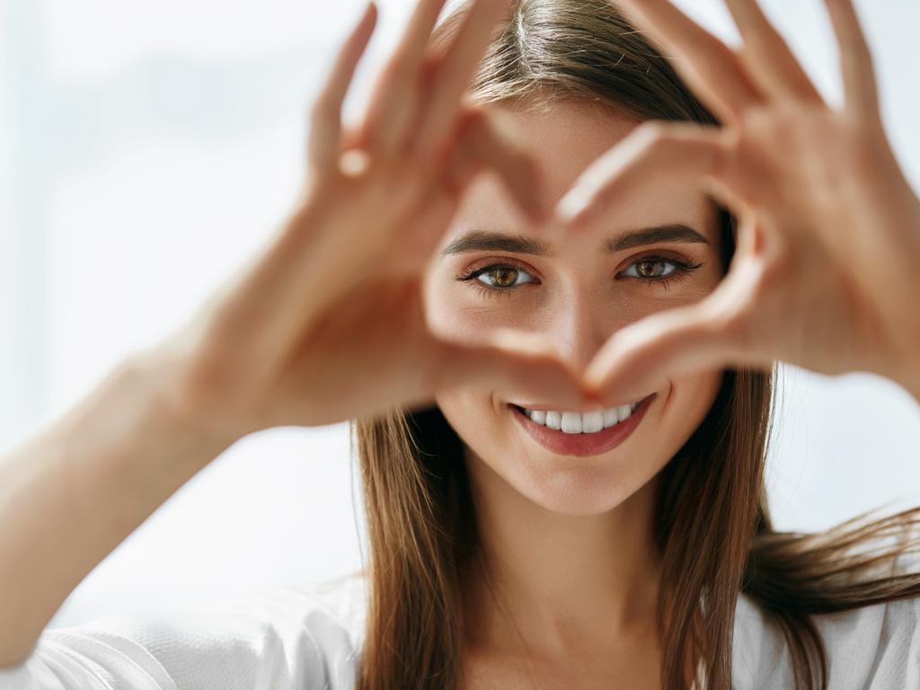Göz Kapağı Düşüklüğü Nedenleri Ve Tedavisi